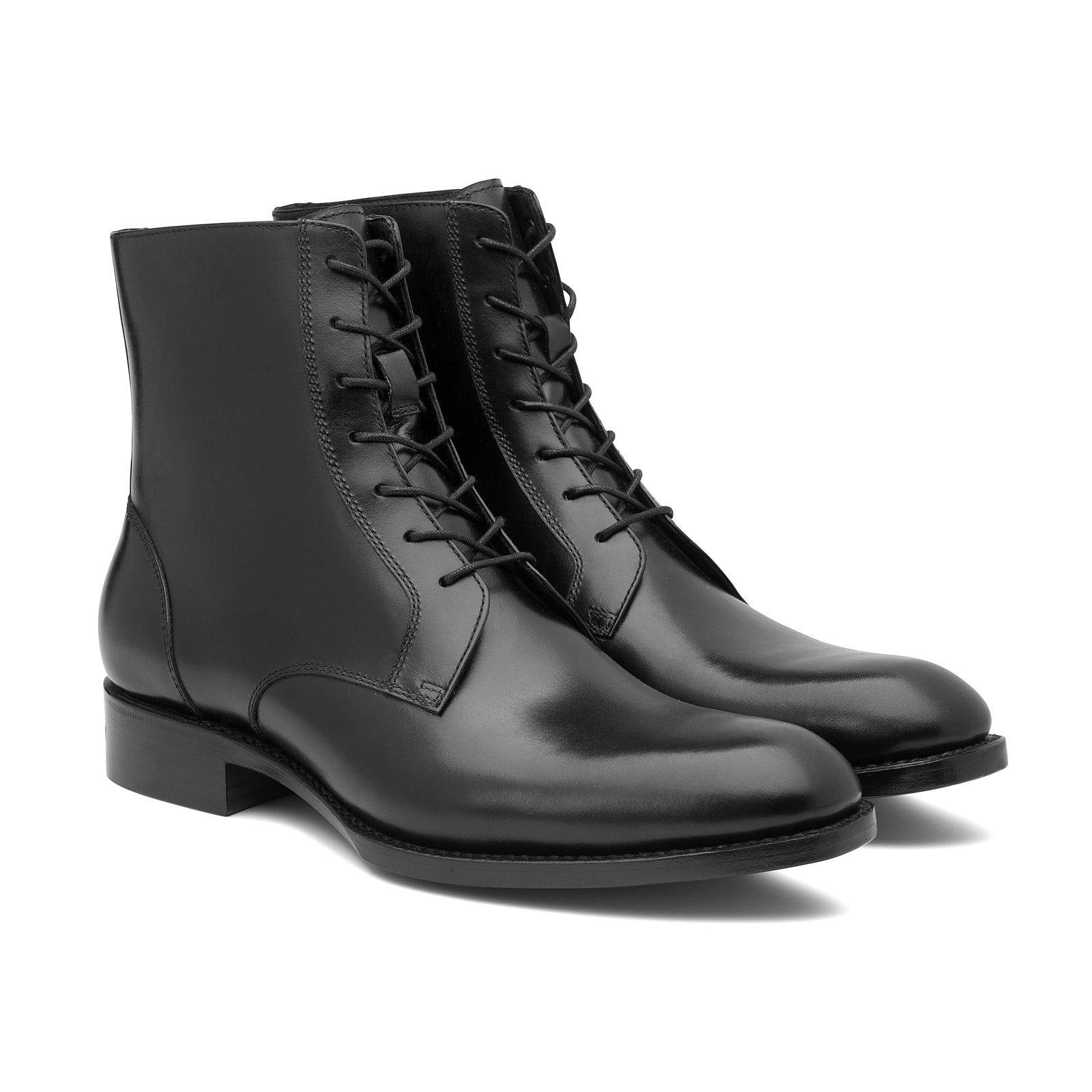 STAN Lace-up Boot