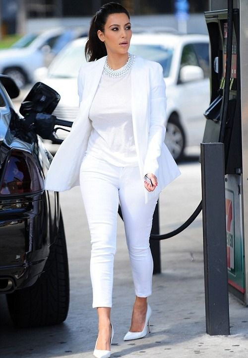 She has us sweating in white! Image courtesy: Google