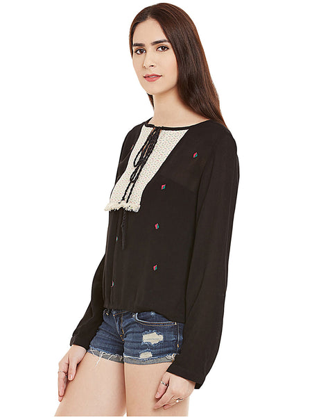FEEL BOHEMIAN WITH JACQUARD YOKE TOP