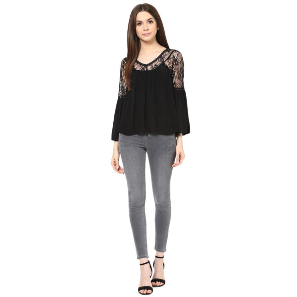 BLACK FLUTED SLEEVE LACE TOP