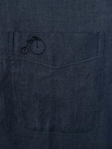 The We Are Gntlmen Logo on the pocket