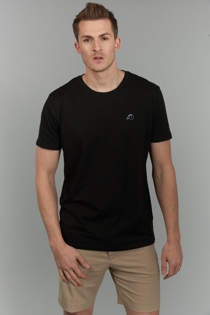 Quinn | Black Short Sleeved T-shirt