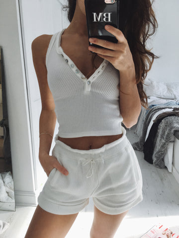 BAILEY RIBBED SHORTS - WHITE
