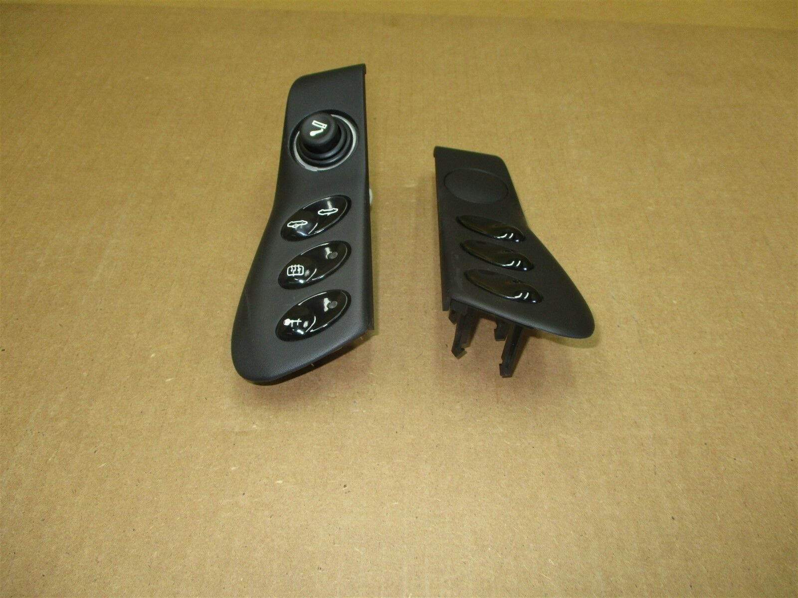 00 Boxster Porsche 986 L R CONSOLE TRIMS SWITCHES 98655223300 98655223400 34,093