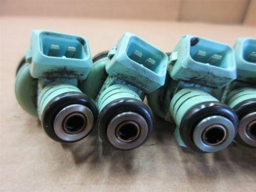 00 Boxster RWD Porsche 986 Engine 2.7 6 FUEL INJECTOR SPRAYERS N/A 45,987