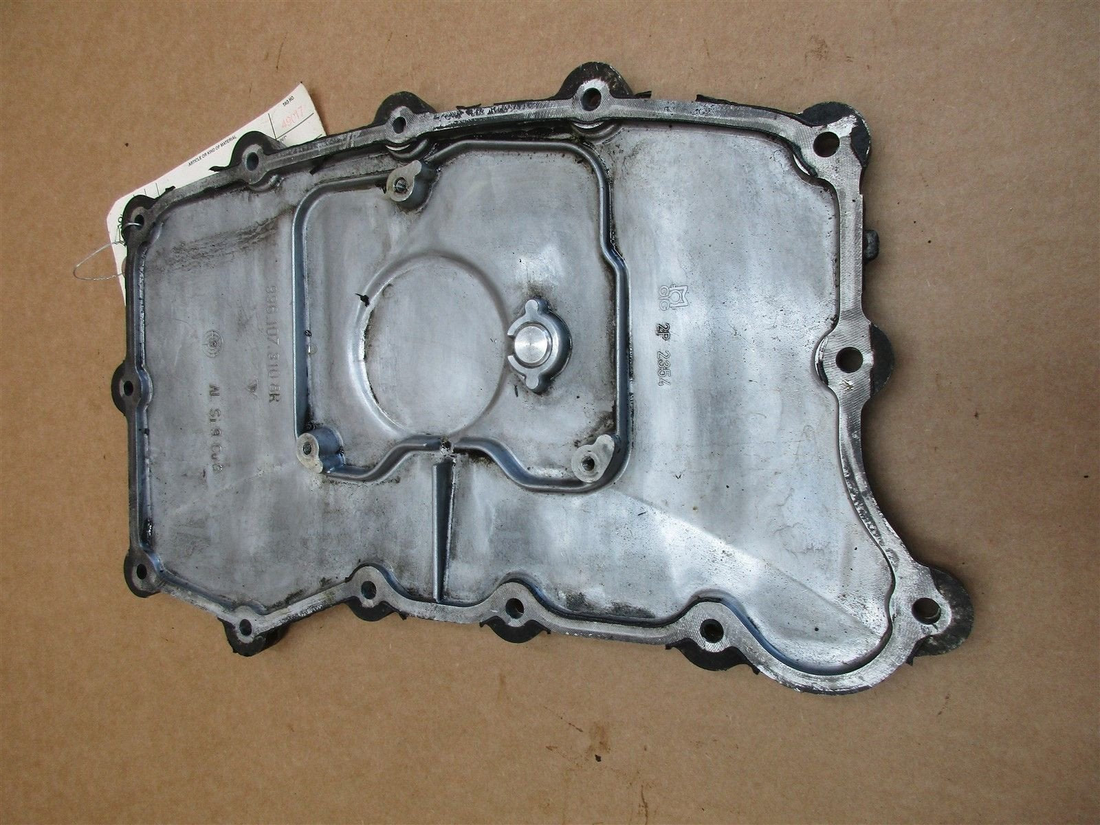 00 Boxster RWD Porsche 986 Engine 2.7 OIL PAN 9961073108R 72,249