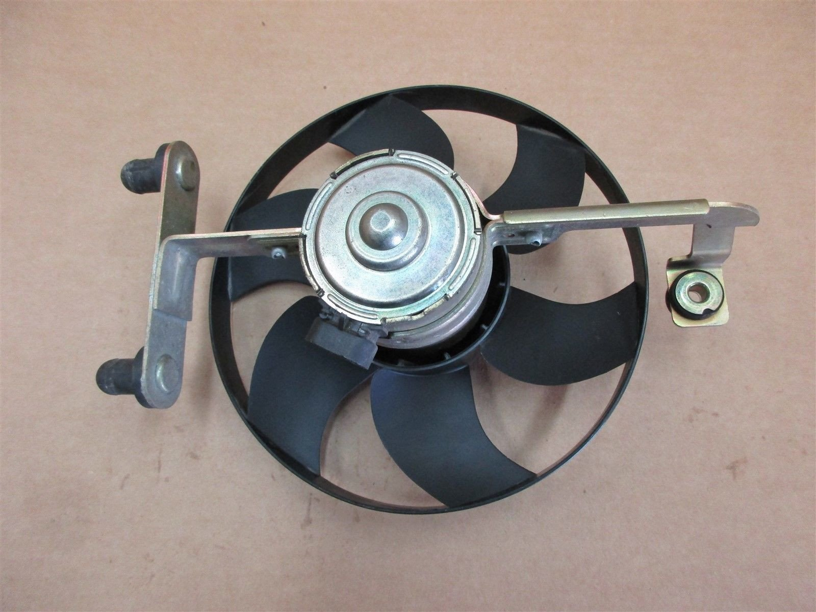00 Boxster RWD Porsche 986 Engine Cooling FAN MOTOR 98662403600 15,740