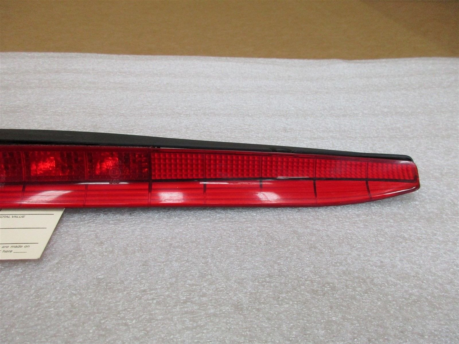 00 Boxster S RWD Porsche 986 CENTER BRAKE LIGHT 98663105000 23,552