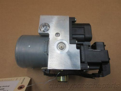 00 Carrera 911 RWD Porsche 996 Cabrio ABS BRAKE PUMP 99635575504 29,704