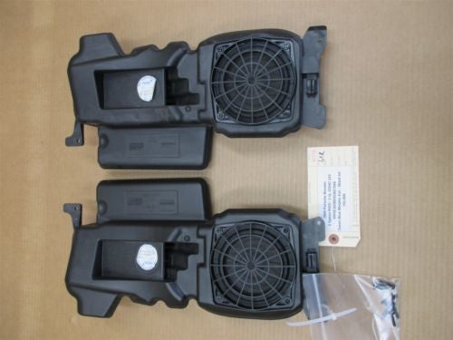 99 Boxster RWD Porsche 986 R L Front Door SPEAKERS + BOXES audio 155,909