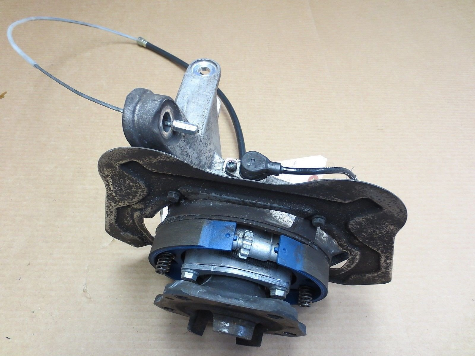 04 4S C4 AWD Porsche 911 Carrera 996 Right REAR HUB STEERING KNUCKLE ABS 59,104