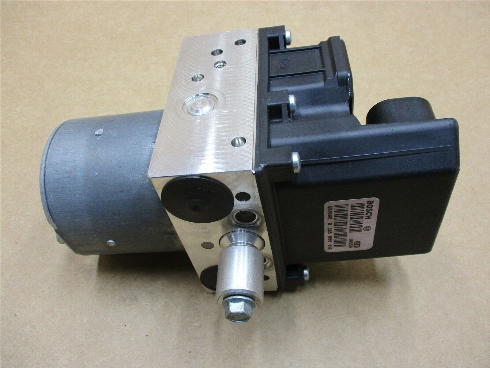 04 Boxster RWD Porsche 986 ANTI LOCK ABS BRAKE PUMP 99635575506 57,580