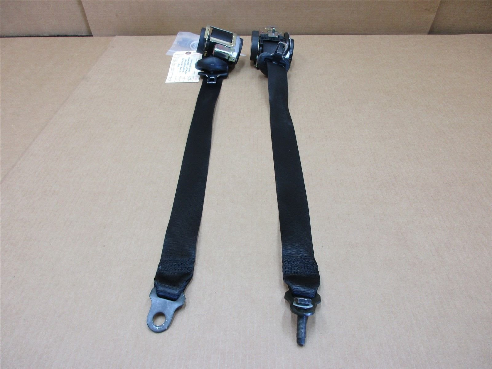 04 Boxster RWD Porsche 986 L LEFT RIGHT R Black SEAT BELTS SEATBELTS 22,067