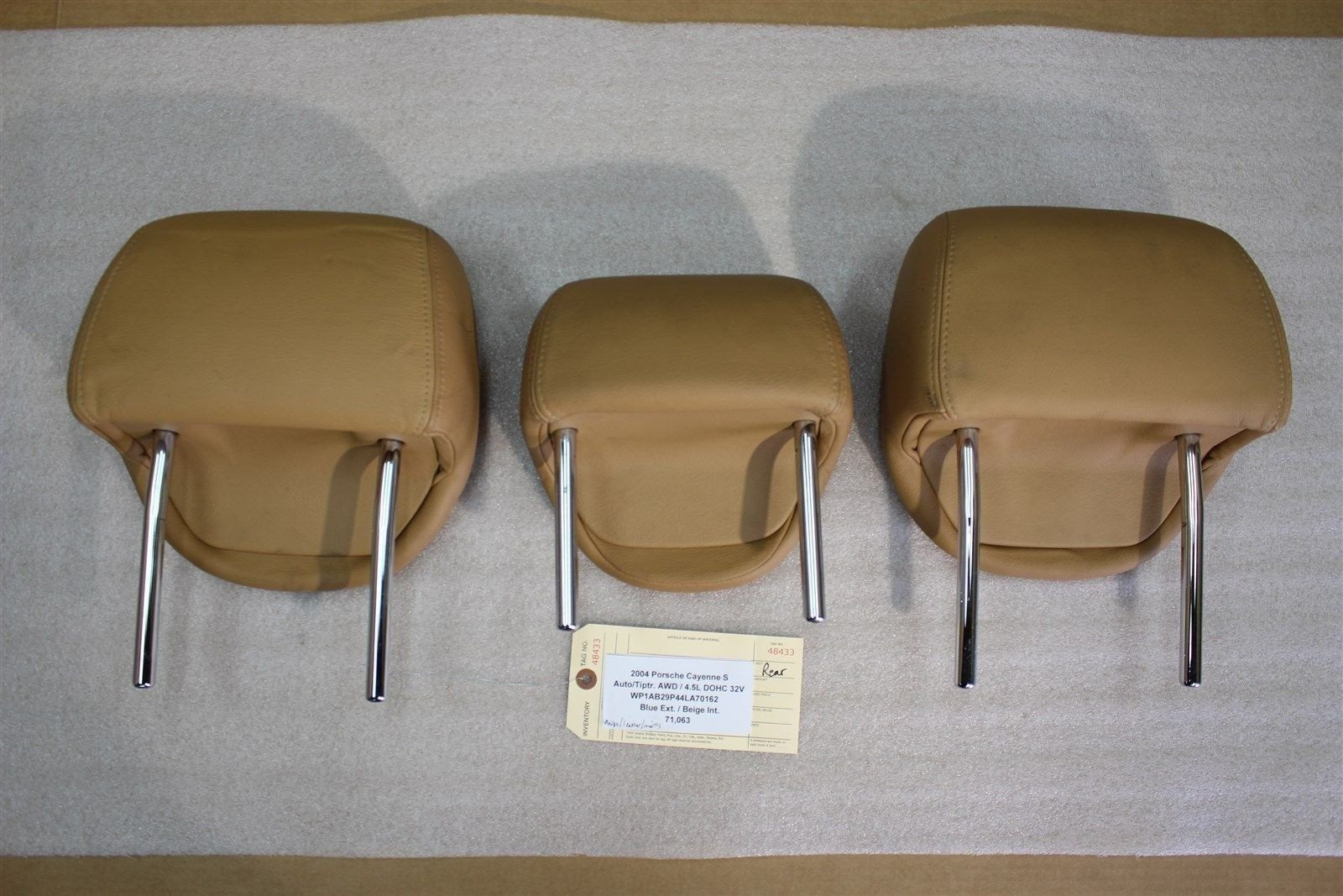 04 Cayenne S Porsche 955 Beige 3 Leather Rear Seat HEAD RESTS CUSHIONS 71,063