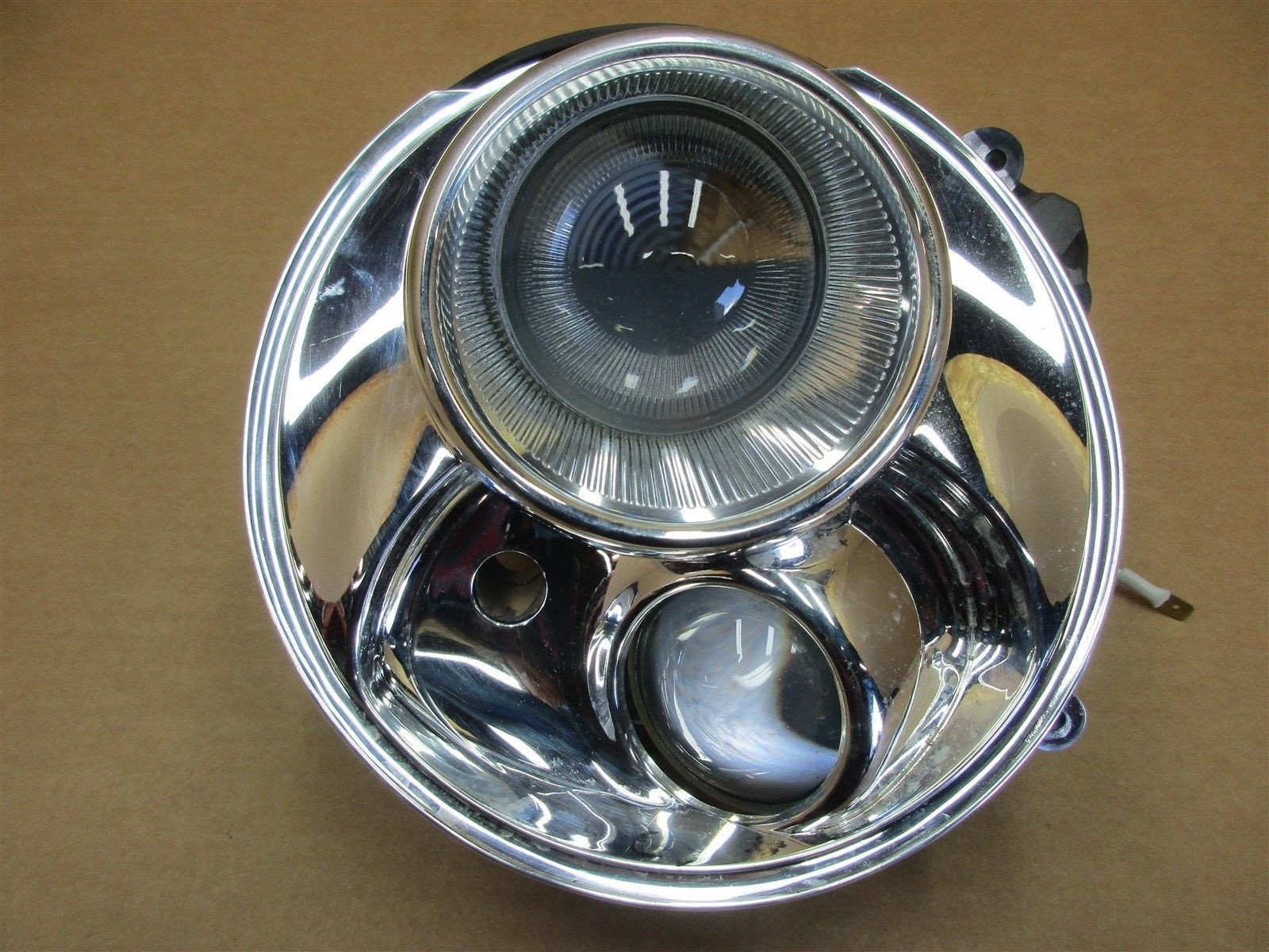 04 Cayenne Turbo Porsche 955 R PASSENGER HEADLIGHT HARDWARE HEAD LIGHT 135,874