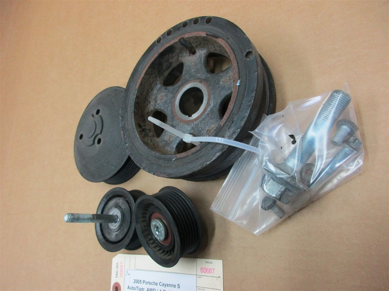 05 Cayenne S AWD Porsche 955 Engine 4.5 PULLEYS 94810609001 94810211900 105,118