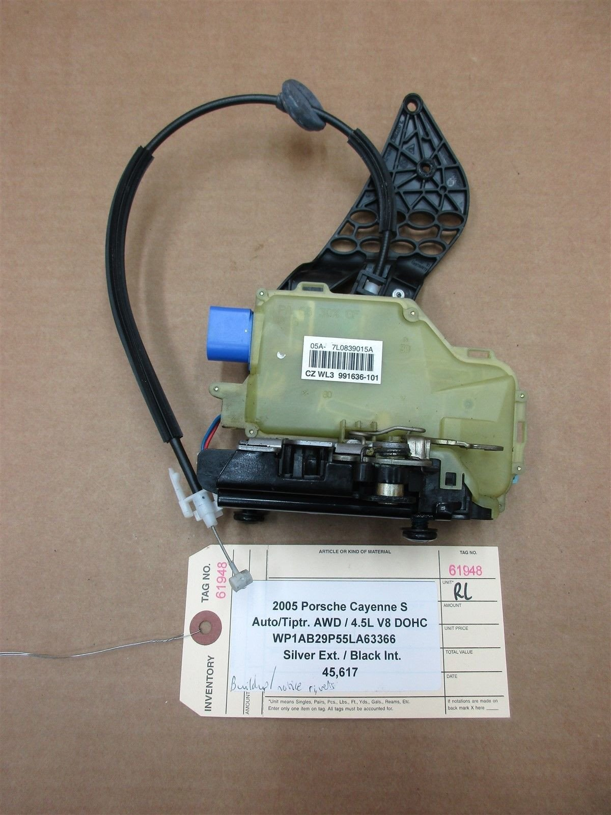 05 Cayenne S AWD Porsche 955 L REAR DOOR Lock Latch ACTUATOR 7L0839015A 45,617