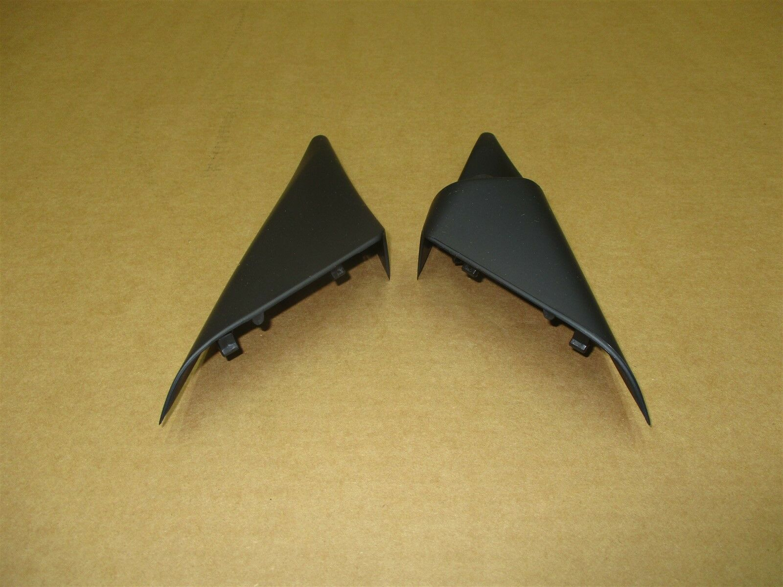 06 Cayman S RWD Porsche 987 INTERIOR TRIANGLE MIRROR TRIMS 99755568602 23,094
