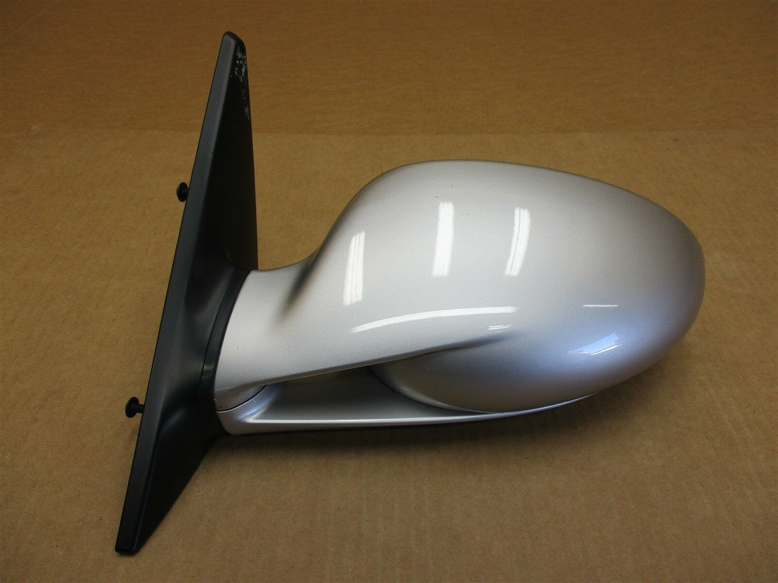 06 Cayman S RWD Porsche 987 L EXTERIOR REAR VIEW MIRROR HOUSING DRIVER 57,607
