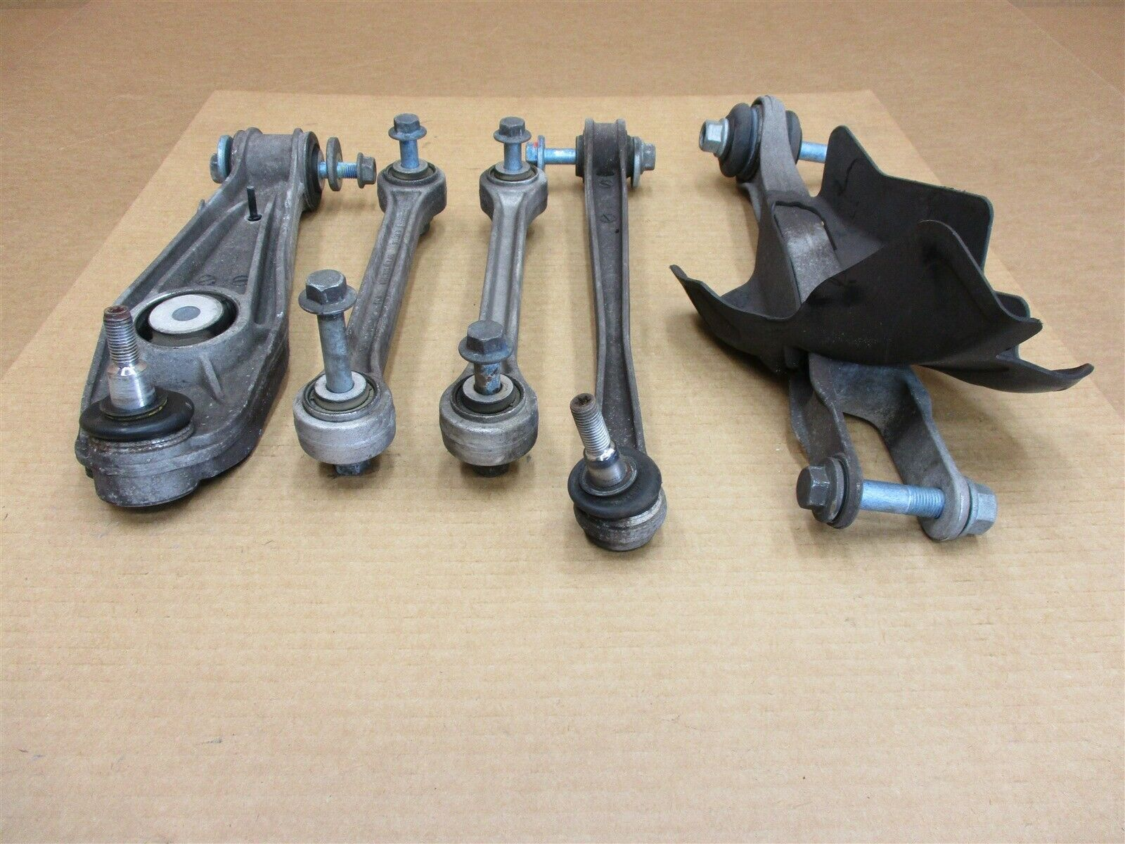 08 Carrera Turbo 911 Porsche 997 Cabrio 5 L REAR CONTROL ARMS 99634134108 30,254