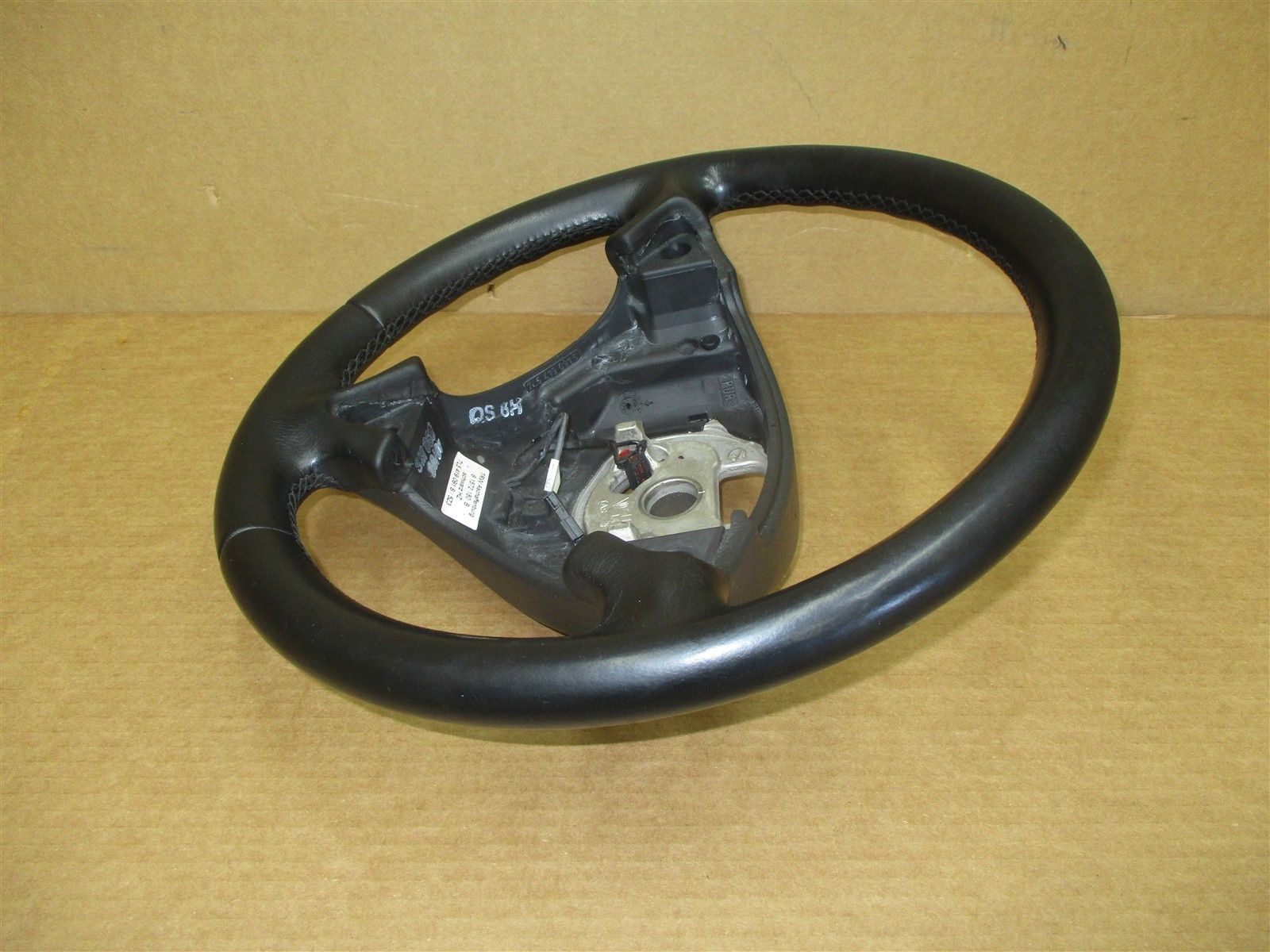 08 Cayenne AWD Porsche 957 3 SPOKE STEERING WHEEL 7L5419091 55,471