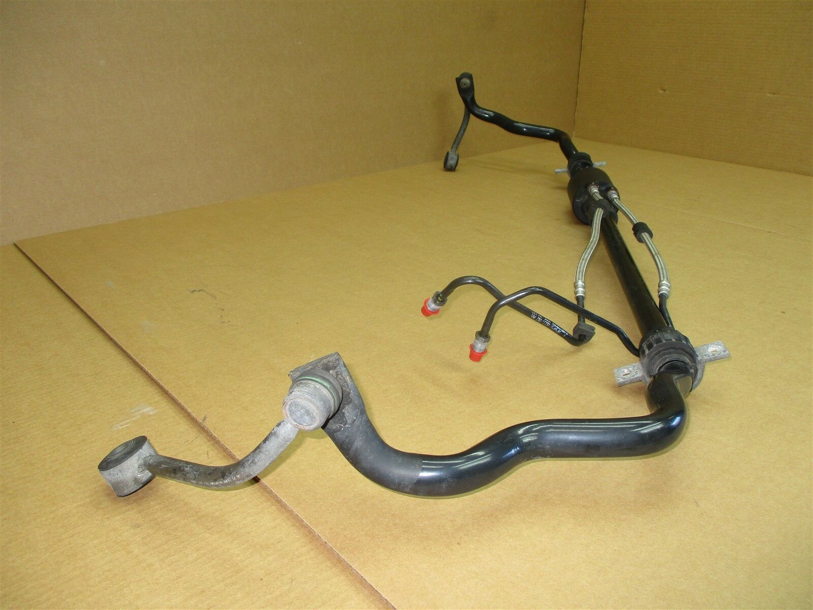 08 Cayenne Turbo AWD Porsche 957 REAR STABILIZER SWAY BAR 7L5511305 102,629