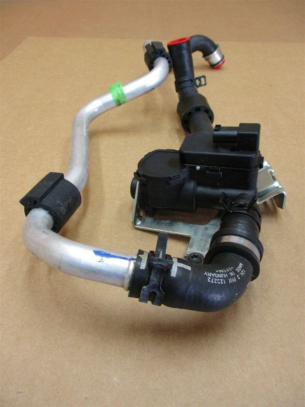 10 Panamera 4S AWD 970 Porsche THERMOSTAT PIPING 97057257100 97057258600 56,000