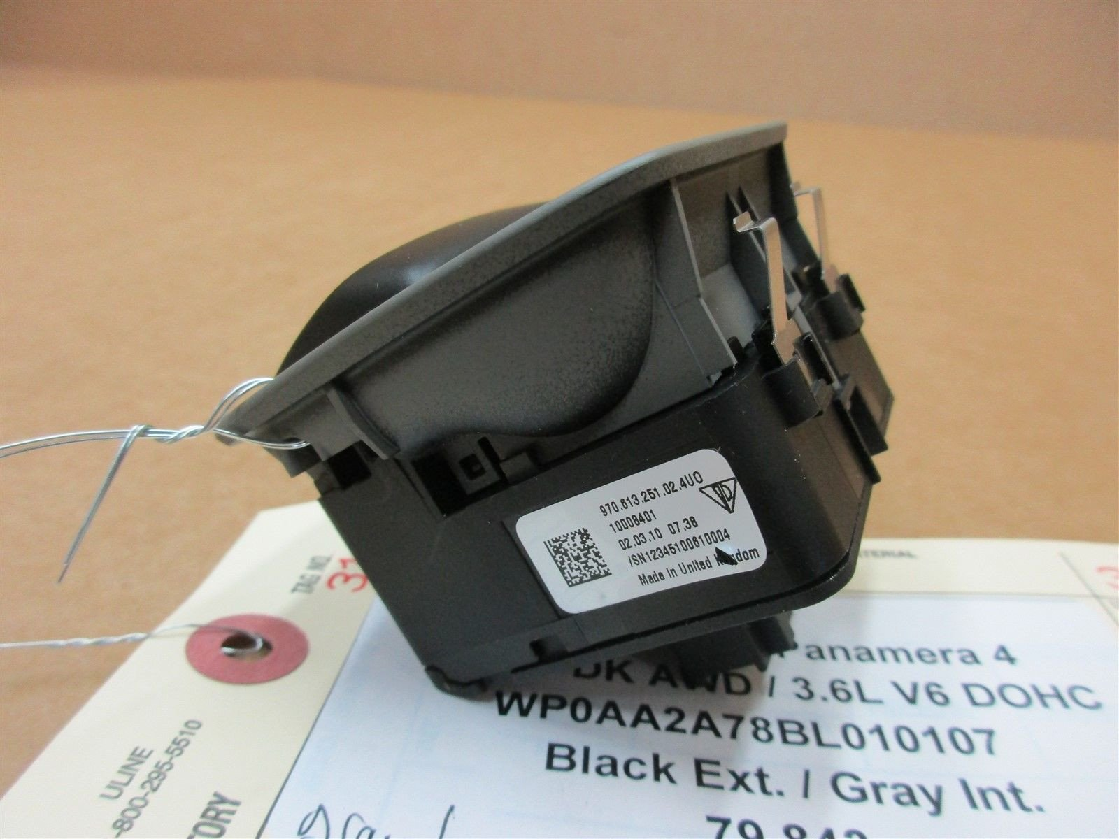 11 Panamera 4 AWD 970 Porsche Gray PARKING BRAKE SWITCH 97061325102 79,843