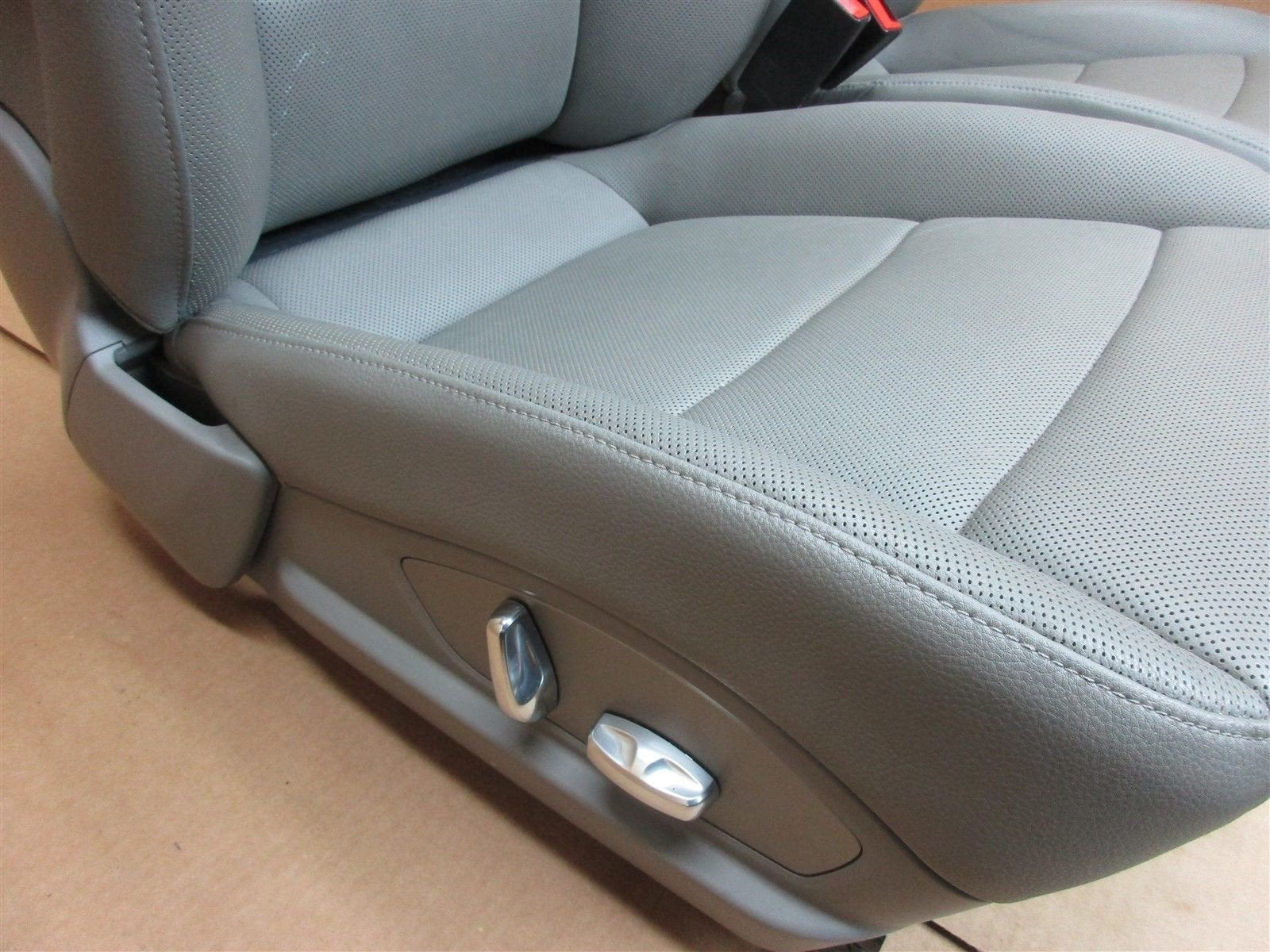 11 Panamera 4 AWD 970 Porsche LEFT RIGHT FRONT Gray Leather 8-WAY SEATS 79,843