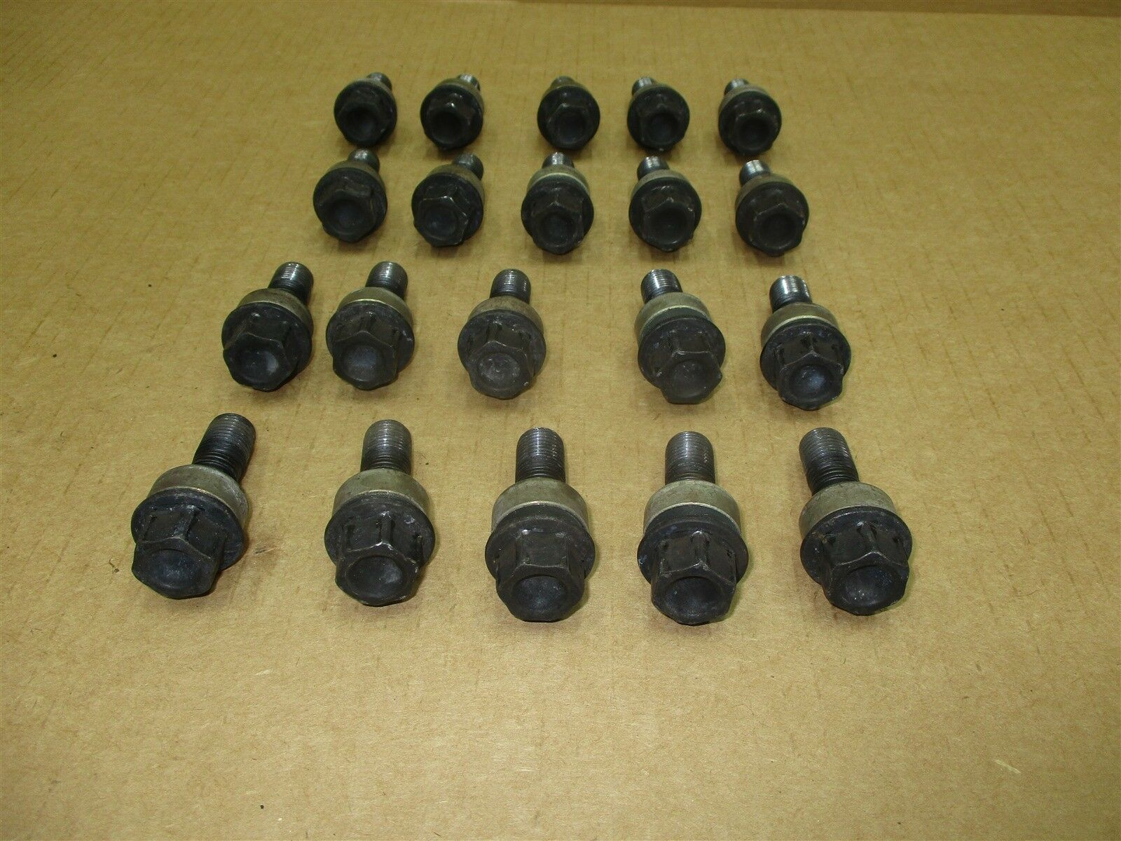 13 Boxster RWD Porsche 981 FRONT REAR 20 BOLTS Lug Nuts 36,797