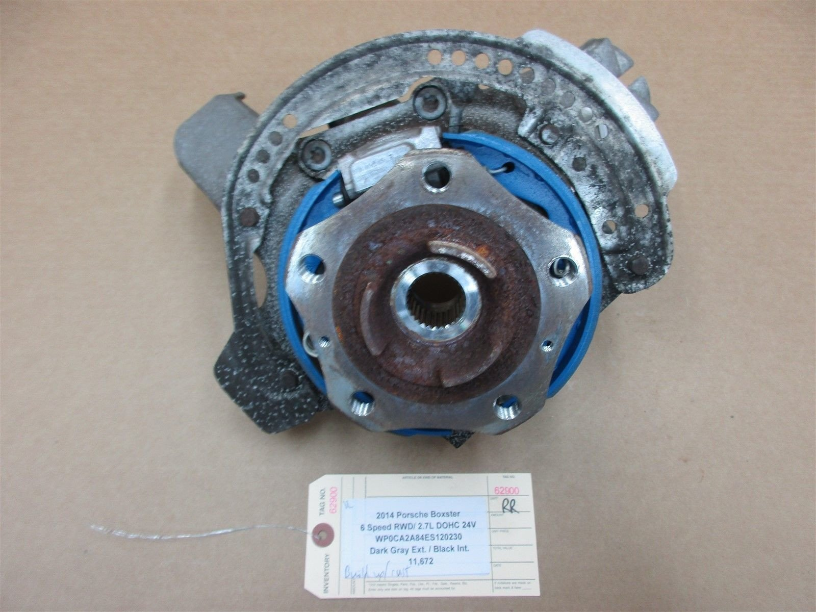 14 Boxster RWD Porsche 981 R REAR HUB + STEERING KNUCKLE 98133185807 11,672