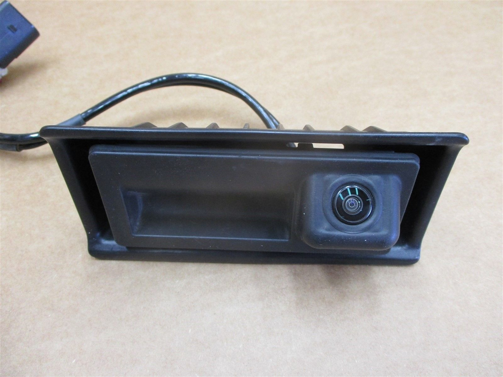 16 Cayenne AWD Porsche 958 REAR BACK UP CAMERA 23,898 N/A