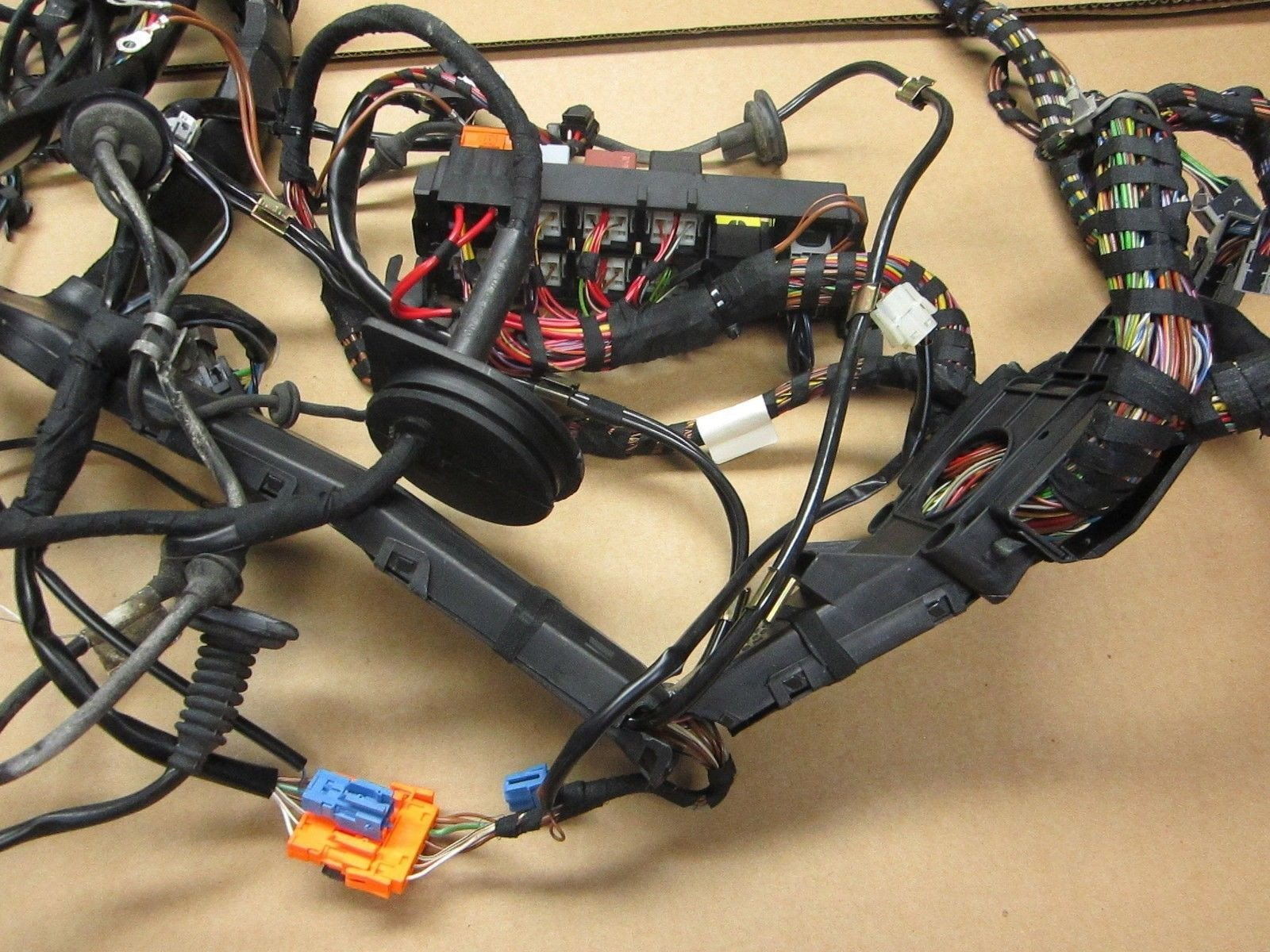 2002 RWD Porsche 911 Carrera 02 Cabrio 996 Rear WIRE HARNESS WIRING fuse 76,474