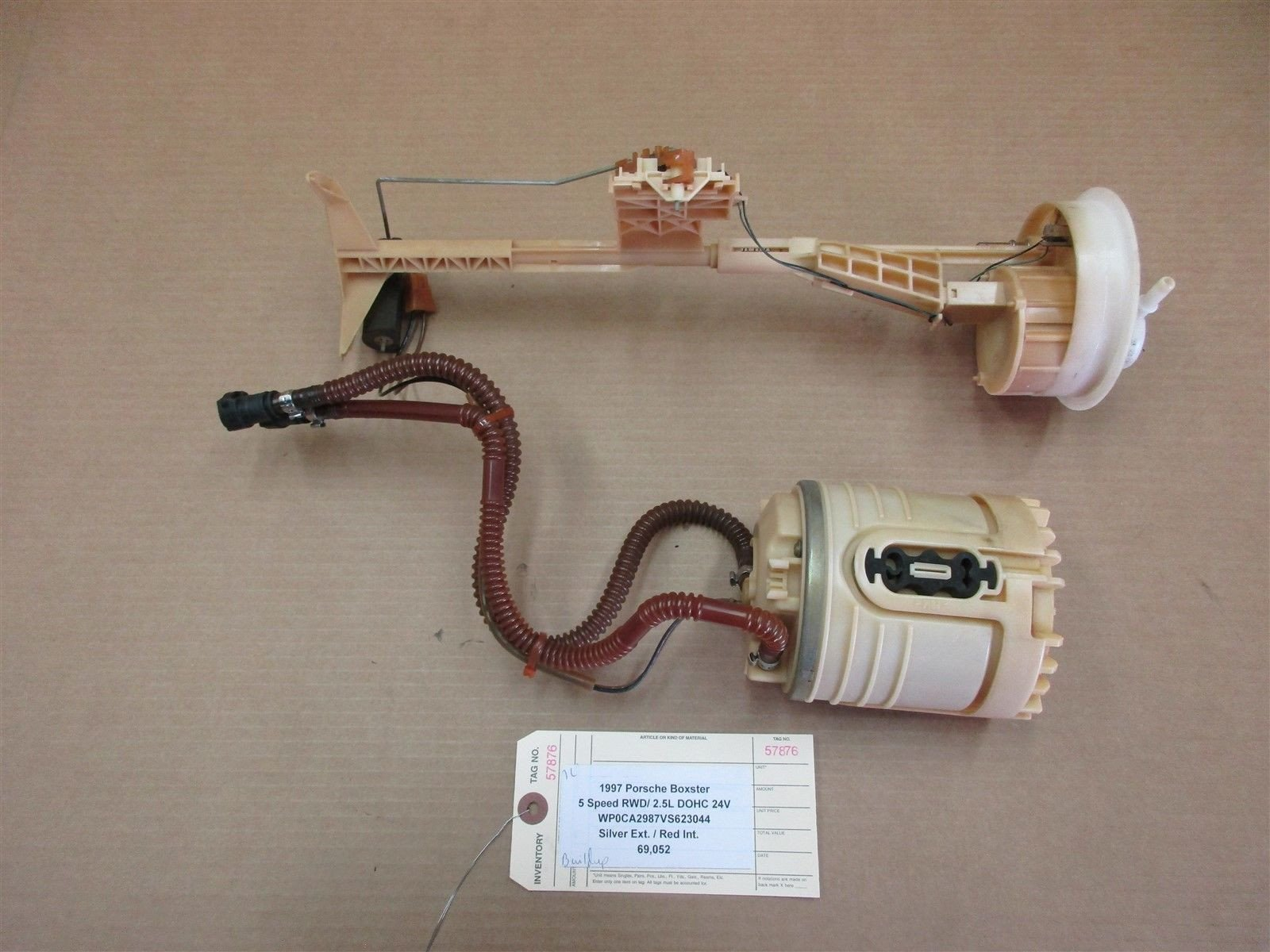 97 Boxster RWD Porsche 986 GAS FUEL PUMP SENDING UNIT 99662002100 69,052