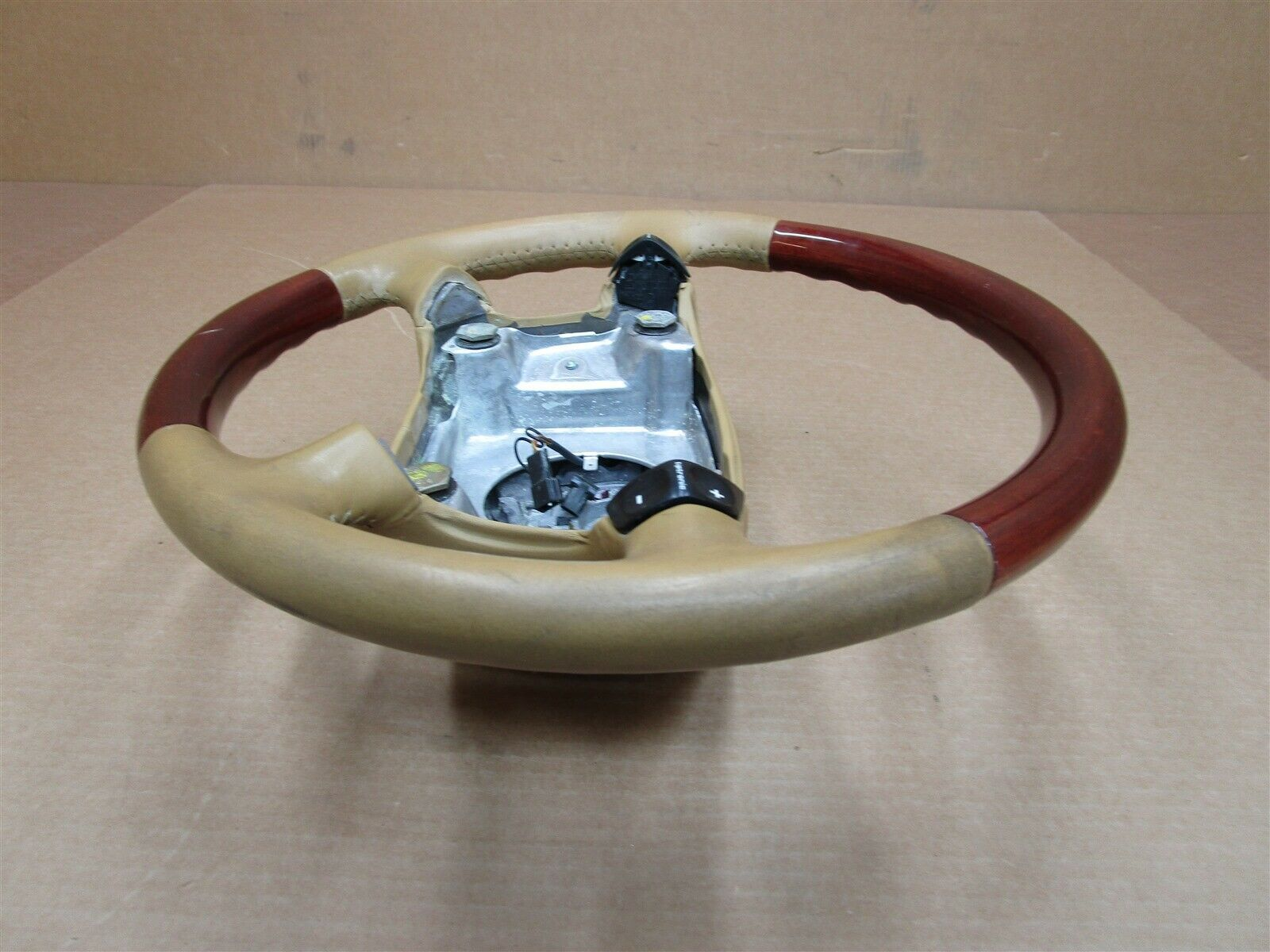 98 Boxster RWD Porsche 986 4 SPOKE Wood STEERING WHEEL 27,357 N/A
