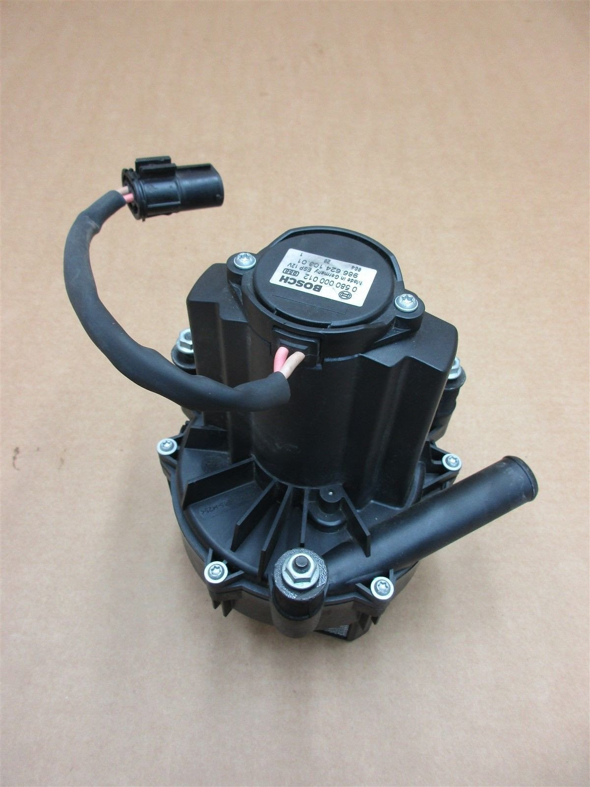 99 Boxster RWD Porsche 986 BOSCH COLD AIR INJECTION PUMP 98662410301 27,759