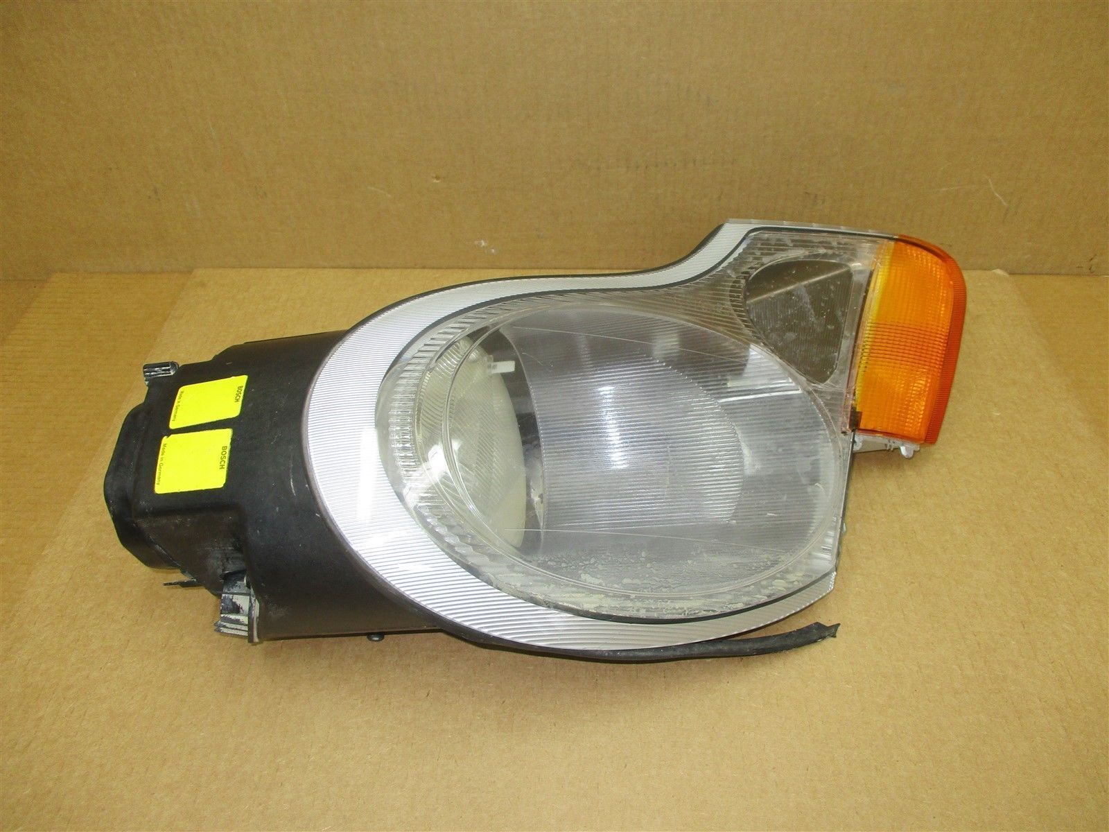 99 Carrera 4 911 Porsche 996 R HALOGEN HEADLIGHT 98663103204 HEAD LIGHT 89,437