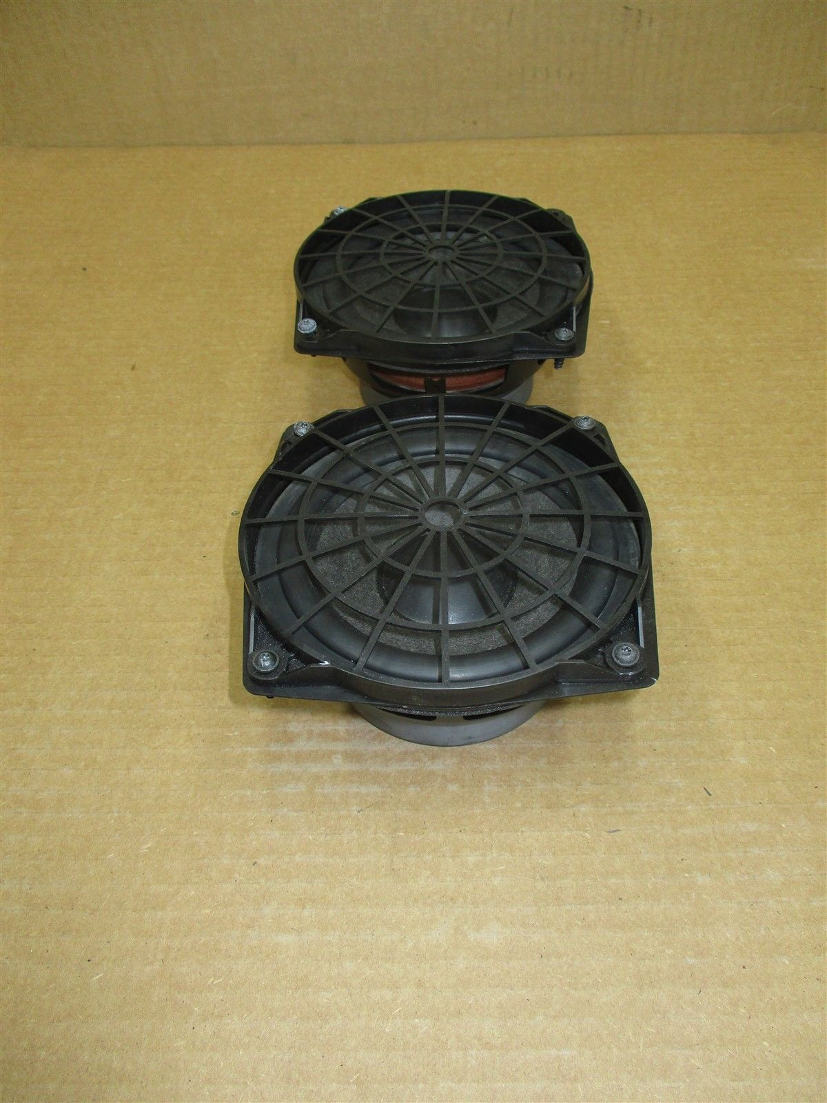 99 Carrera 911 RWD Porsche 996 Cabrio L R FRONT HAES DOOR SPEAKERS 115,876