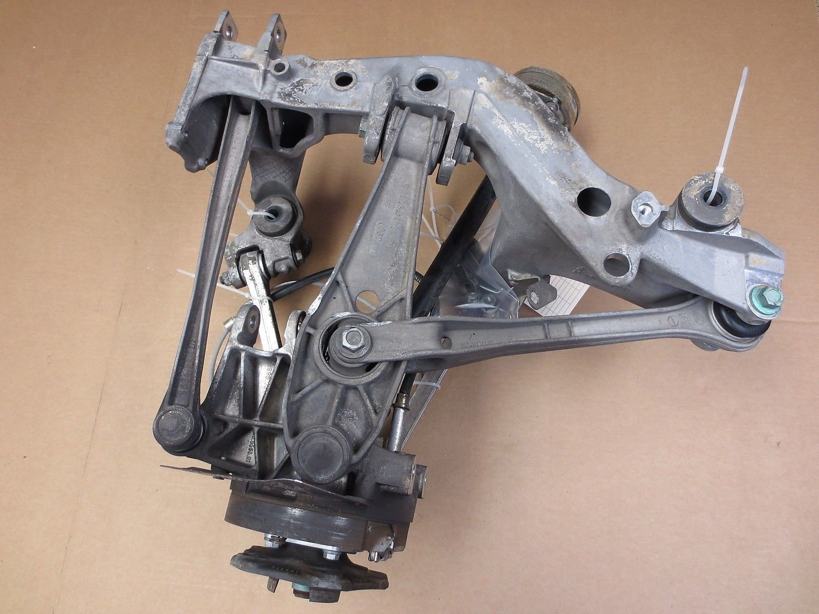 99 RWD Porsche 911 Carrera Coupe 996 L REAR SUBFRAME HUB AXLE CONTROL ARMS 113k