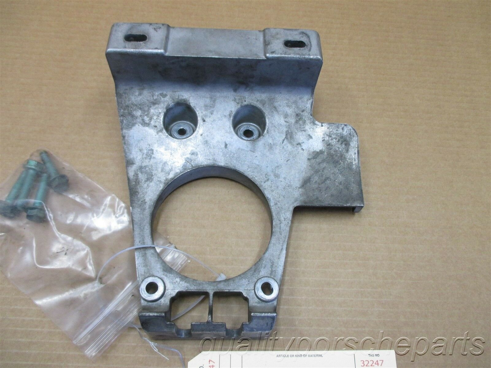 02 Boxster S Porsche 986 Manual TRANSMISSION MOUNTING BRACKET 99611122403 68,468