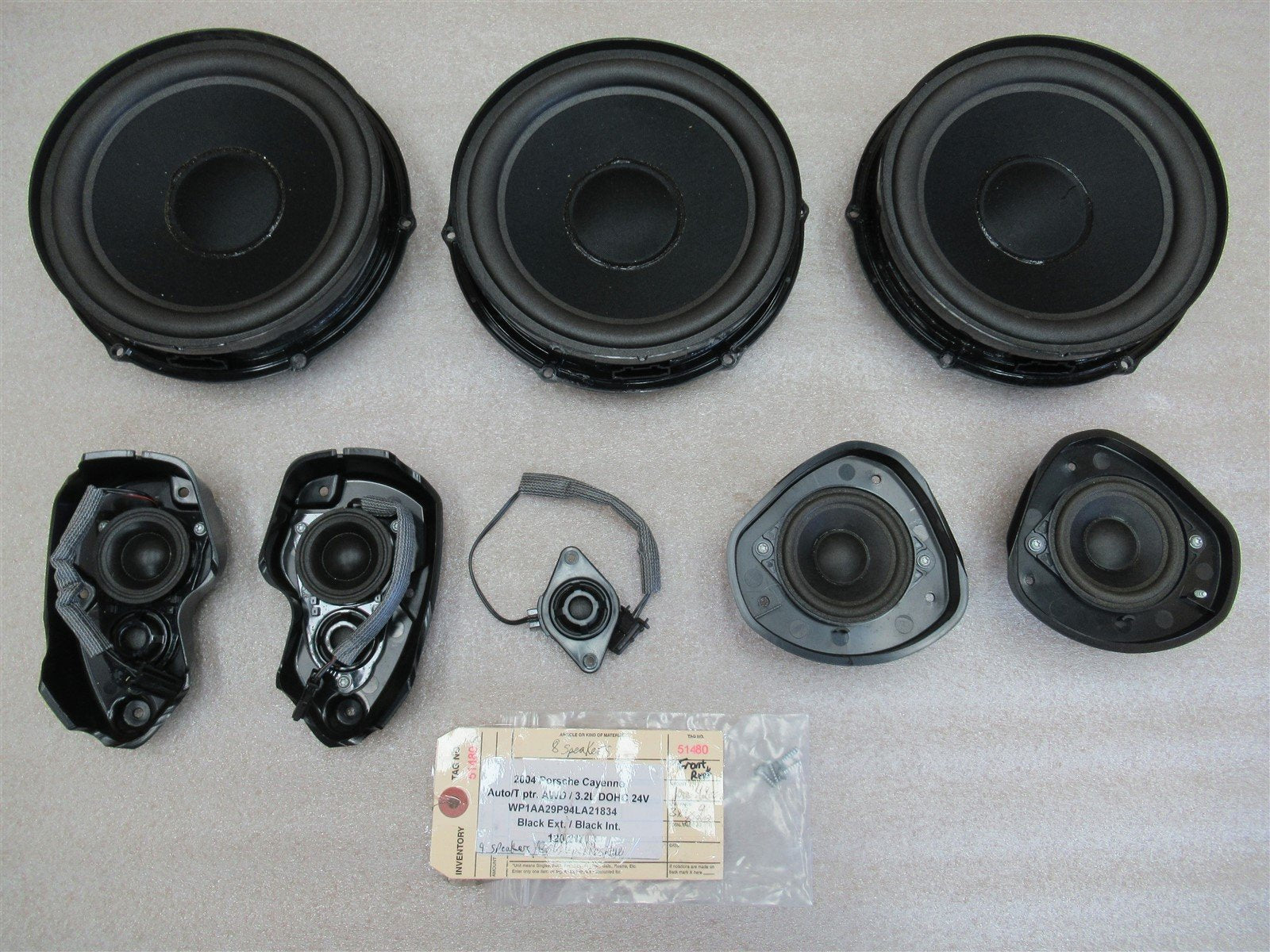 04 Cayenne AWD Porsche 955 FRONT + REAR 8 SPEAKERS 7EO035411A 7EO035411B 120,217
