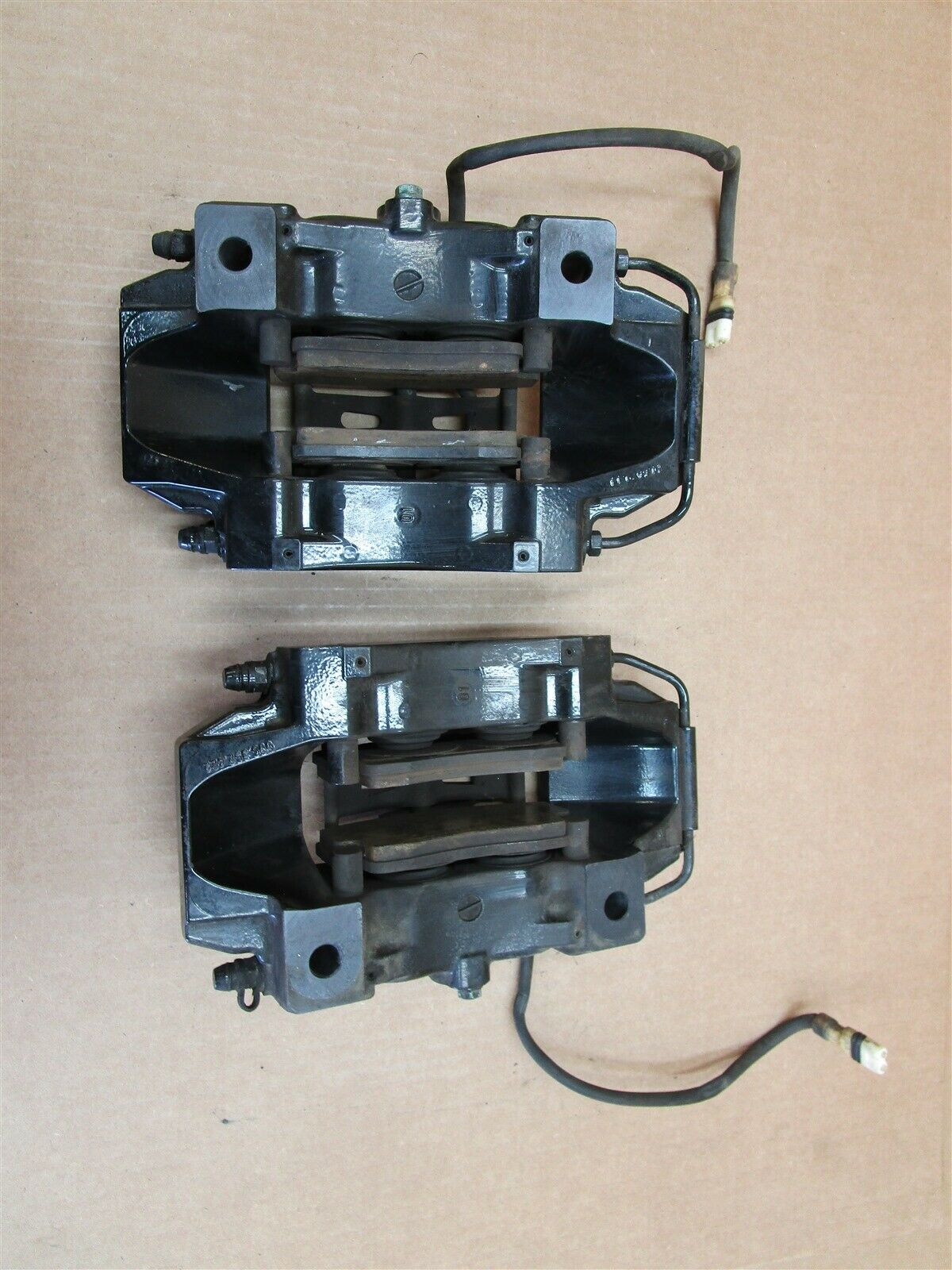 02 Carrera 911 Porsche 996 REAR BREMBO BRAKE CALIPERS 996352422 996352421 51,211