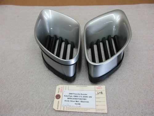 00 Boxster Porsche 986 LEFT RIGHT EXTERIOR Silver VENT TRIMS 9865045620 15,740
