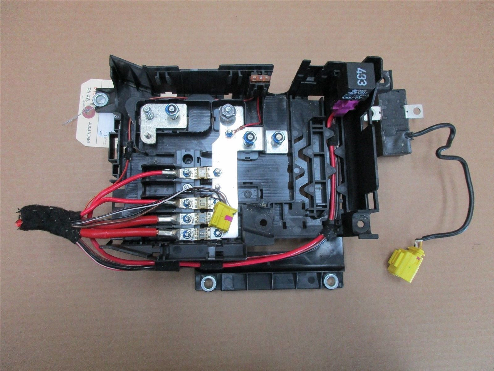 04 cayenne awd porsche 955 fuse box relay 7l0937548. Black Bedroom Furniture Sets. Home Design Ideas