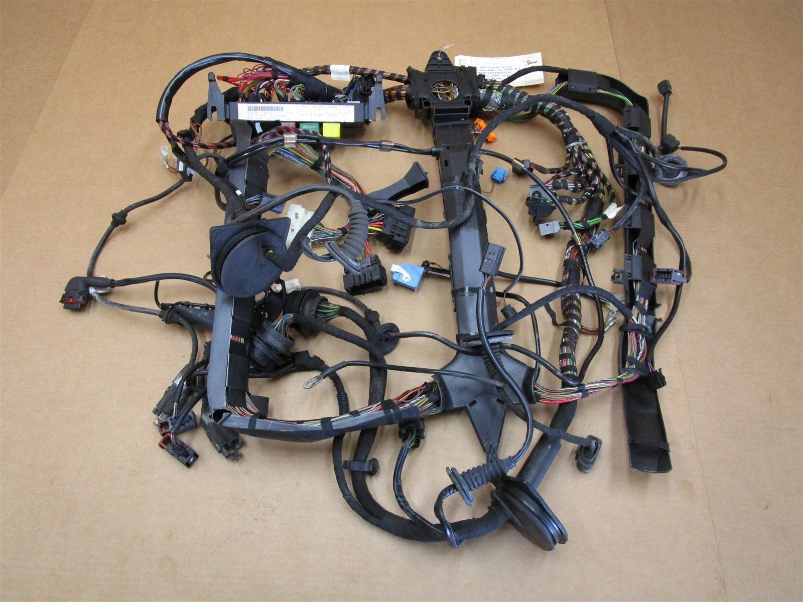 02 carrera 911 porsche 996 cabrio rear wiring harness relays rh partssociety com porsche 928 engine wiring harness porsche wiring harness wrap