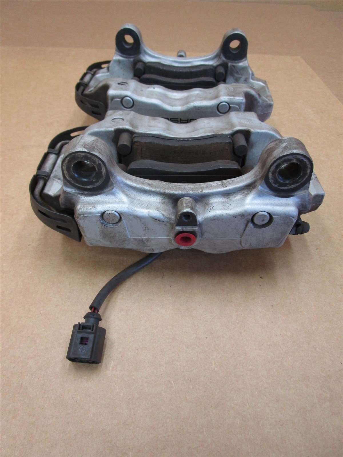 04 Cayenne S AWD Porsche 955 REAR BREMBO BRAKE CALIPERS 207673034A 44,074