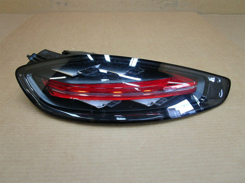 17 Cayman S RWD Porsche 981 L TAIL LIGHT TAILLIGHT 982945095N LEFT 18,593