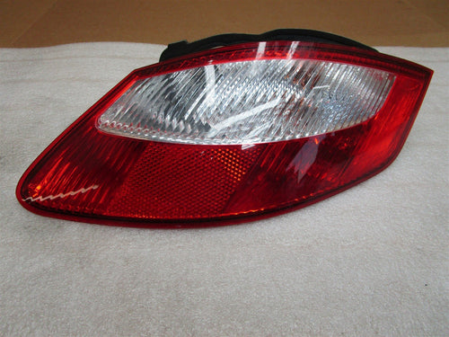 06 Cayman S RWD Porsche 987 Coupe R REAR TAIL LIGHT TAILLIGHT 98763145402 21,115