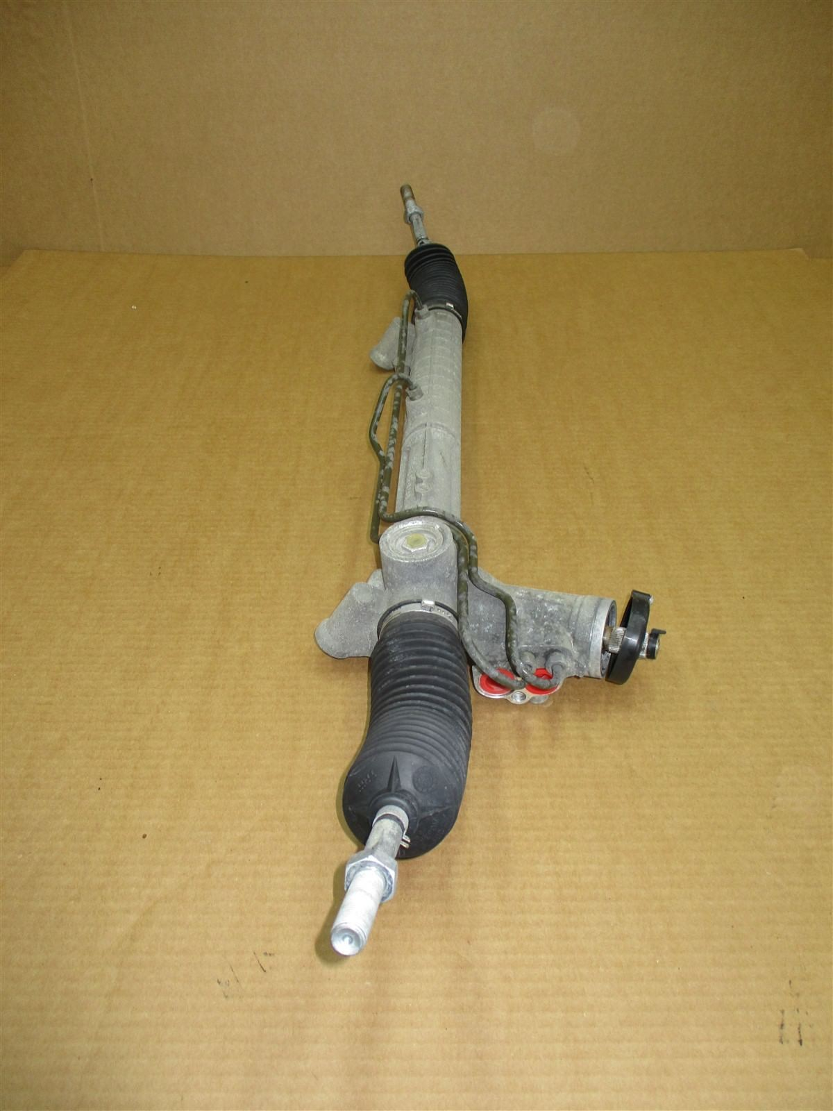 97 Boxster RWD Porsche 986 PINION POWER STEERING RACK 99634701104 86,505