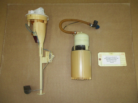 11 Panamera RWD 970 Porsche GAS FUEL PUMP SENDING UNIT 97020142502 61,117